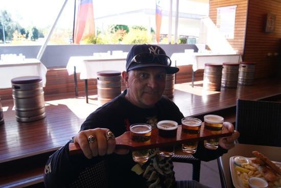 Yatala, Australia: beer tasting paddle