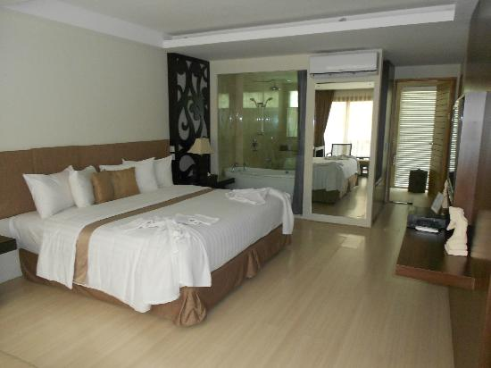 Villa Kayu Raja: Bedroom view 2