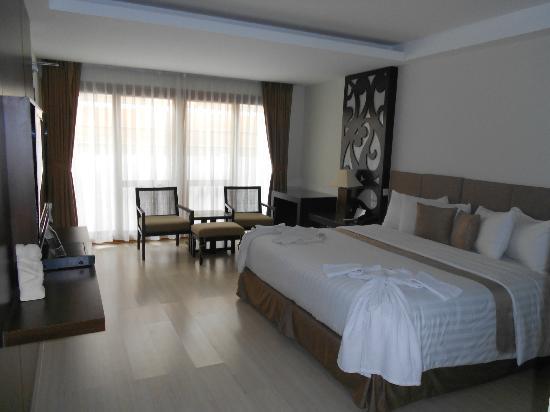 Villa Kayu Raja: Bedroom view 1