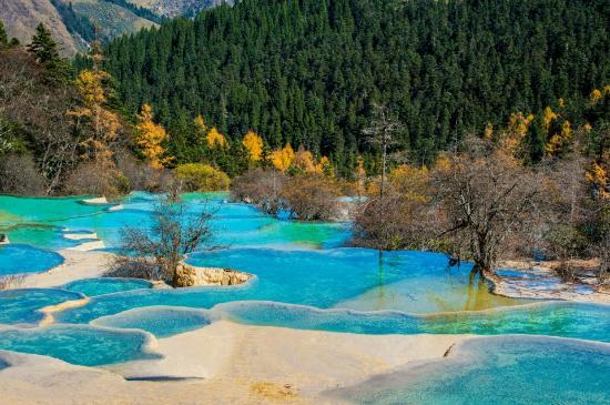 5-colored-pool.jpg