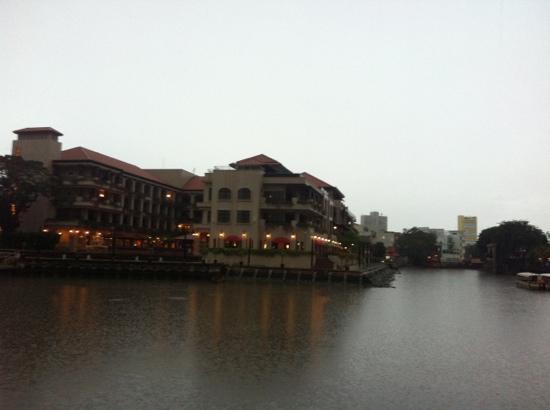 Kota Lodge: melaka river