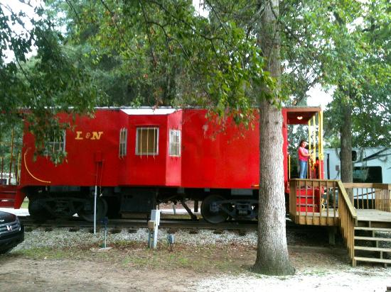 The Caboose - Picture of KOA Campground, Mount Pleasant