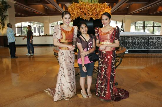 Sofitel Philippine Plaza Manila: My Unica Hija with the Sofitel Angels