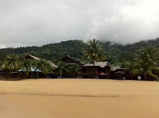 Berjaya Tioman Resort - Malaysia: The chalets as seen from the beach at low tide