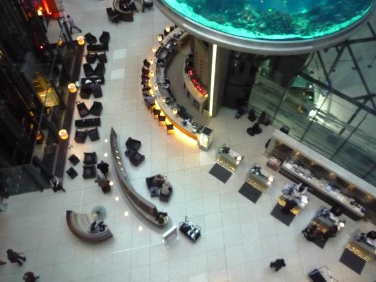 Radisson Blu Hotel, Berlin: Lobby y recepción