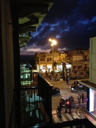 Hotel Eden: vista sulla passeggiata viareggina