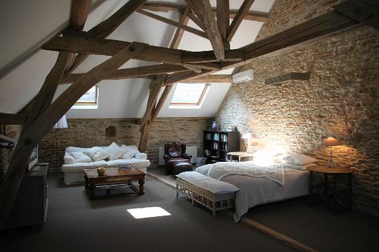 Au Clos Du Meix : Jeroboam - Master bedroom