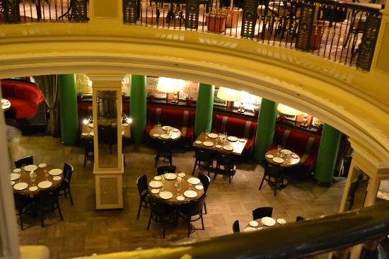 Cafe Tchaikovsky