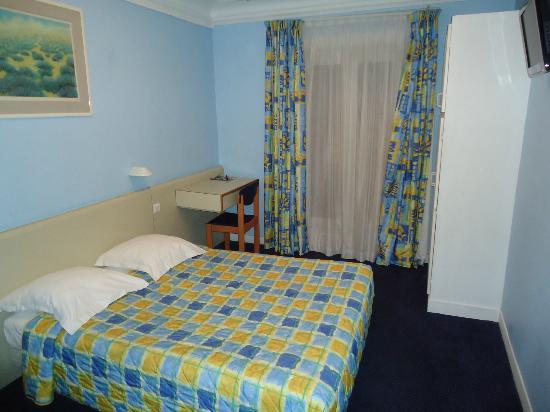 Hotel Jules Cesar : Camera da letto