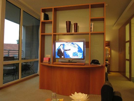 The Mandala Hotel: Room Divider
