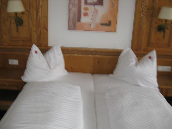 Hotel Toni: Zimmer