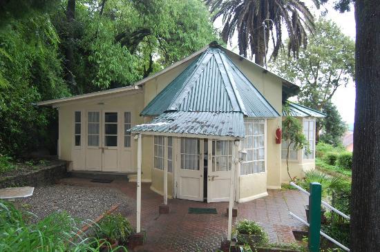 Hotel Padmini Nivas: cottage front