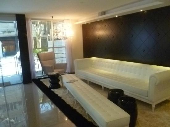 Palm Beach Plaza Hotel: Lobby