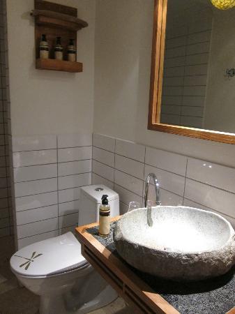 Axel Guldsmeden - Guldsmeden Hotels: Bathroom - shower is a slightly little area behind that wall.
