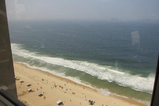 Caesar Park Rio de Janeiro Ipanema Managed by Sofitel: beach