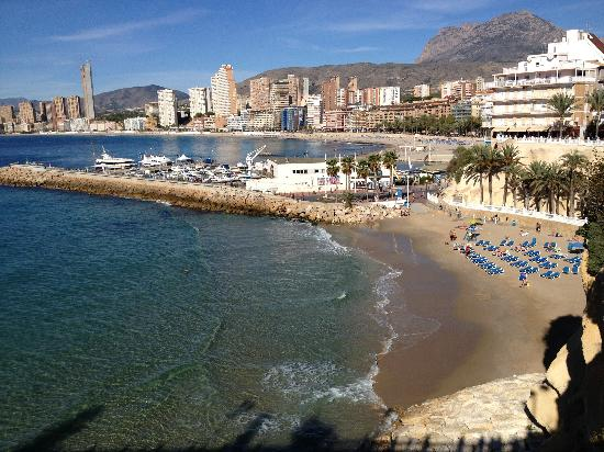 Hotel Presidente 4S: View to old town beach