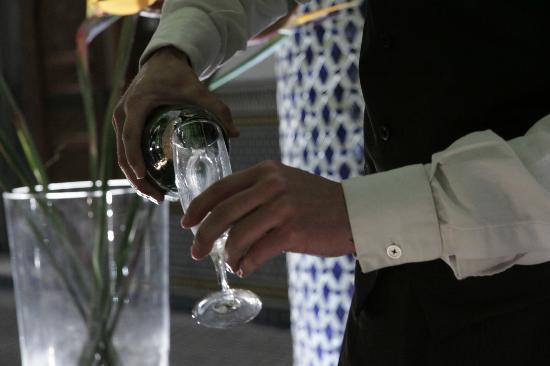 Eden à Palais Amani : Champagne glass