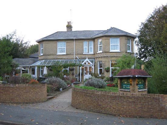 Somerton Lodge Hotel: outside