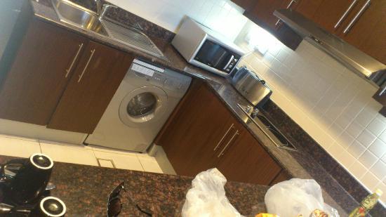 Abidos Hotel Apartment - Al Barsha: kök