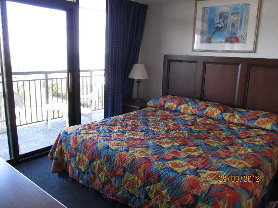 Grande Shores Ocean Resort: view from master bedroom