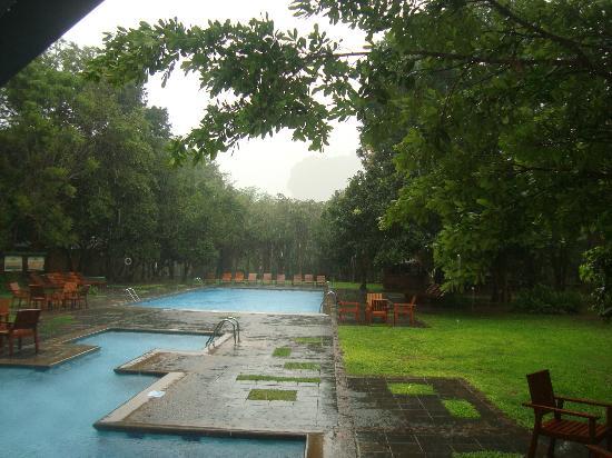 Hotel Sigiriya: pool