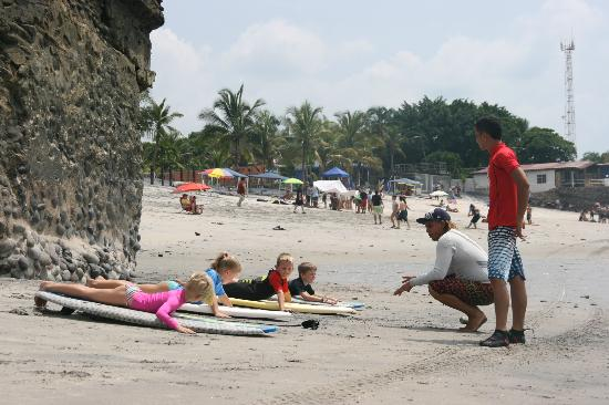 Panama Surf School Day Classes: First class.
