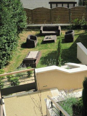 le coin terrasse ext rieure foto les jardins de brantome brantome tripadvisor. Black Bedroom Furniture Sets. Home Design Ideas