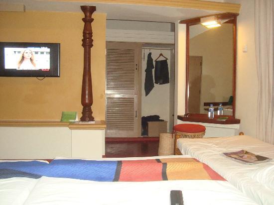 Hotel Sigiriya: room interior