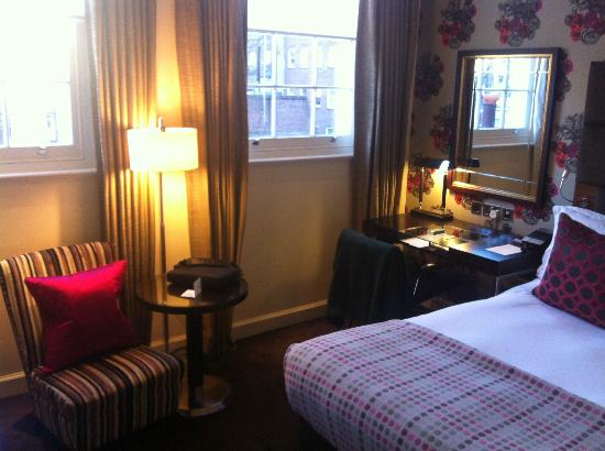 The Arch London: beautifully designed rooms.