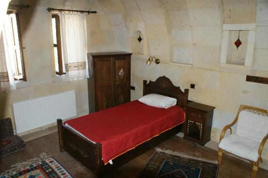 Vineyard Cave Hotel: Bedroom