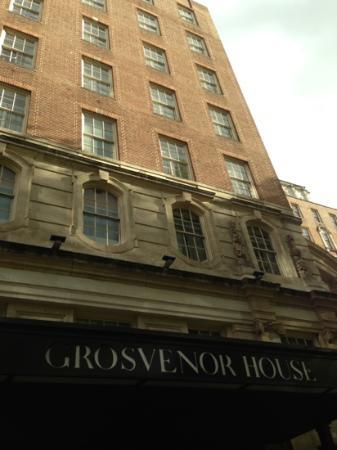 Grosvenor House, A JW Marriott Hotel: Very grand
