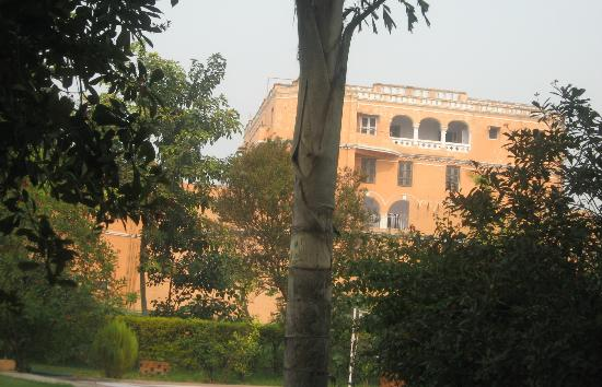 The Mud Fort - Kuchesar : fort