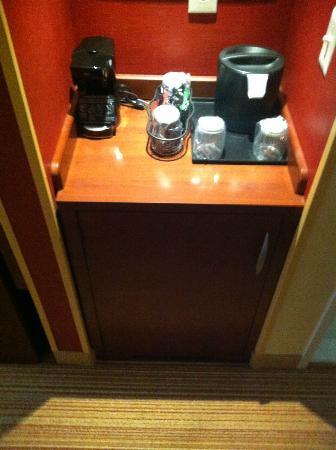 Courtyard Nashville Goodlettsville: Cofee Maker