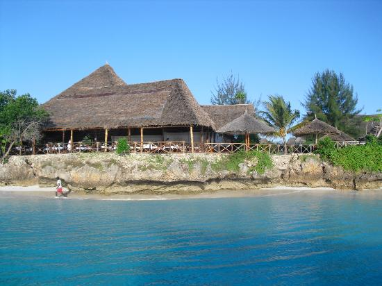 Baobab Beach Resort: View of the village from the sea