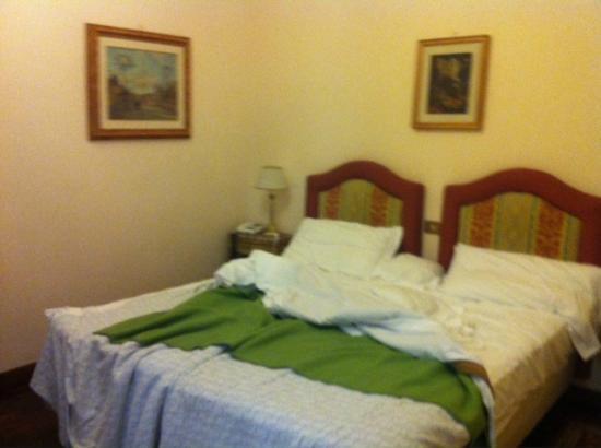 Hotel Forum Roma: chambre
