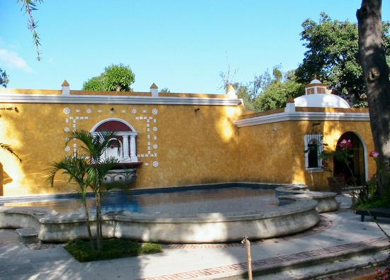 Villa Colonial: Piscine