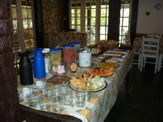 Buzios Summer Park Casas e Suites : Café-da-manhã