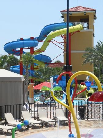 Fantasy World Club Villas: Water slides