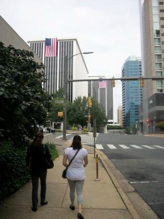 Residence Inn Arlington Rosslyn: walk to Rosslyn Metro