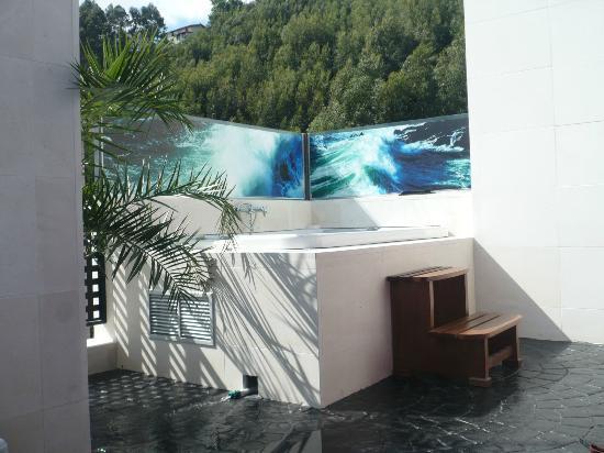 hotel playa ribera jacuzzi exterior
