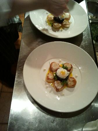 The Lemon Tree: Pan fried scallops, black pudding, soft fried quail egg
