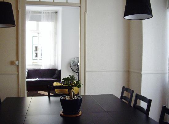 Rossio Hostel: salle à manger 