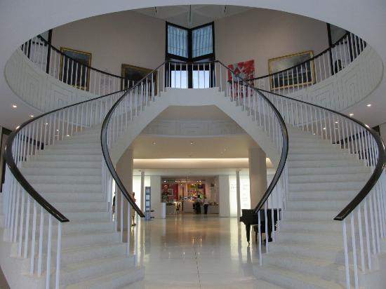 Museo de Arte de Ponce: At the entrance...