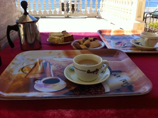 B&B Santa Maria Di Leuca: colazione