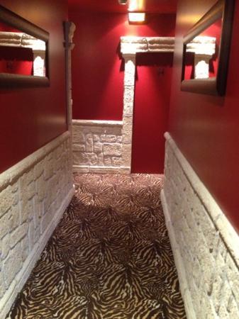 Hotel Brunel Le Rocher Blanc : couloir