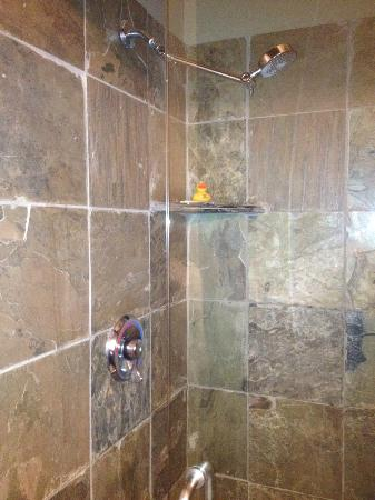 Riverwalk Vista: Slate Tiled Bathroom with Rubber Ducky