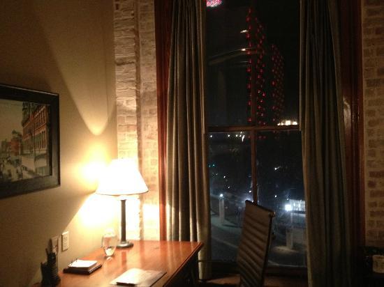 河畔漫步維斯塔飯店照片