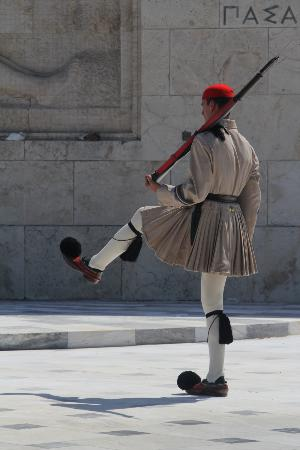 Taxi Tours - Jordan Daioglou: Changing of the Guard in Syntagma Square - Athens