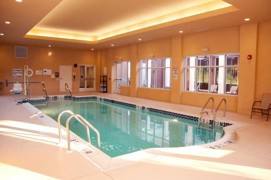 Homewood Suites by Hilton Doylestown: Take a deep in our indoor pool
