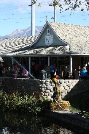 Gardner Village Shop